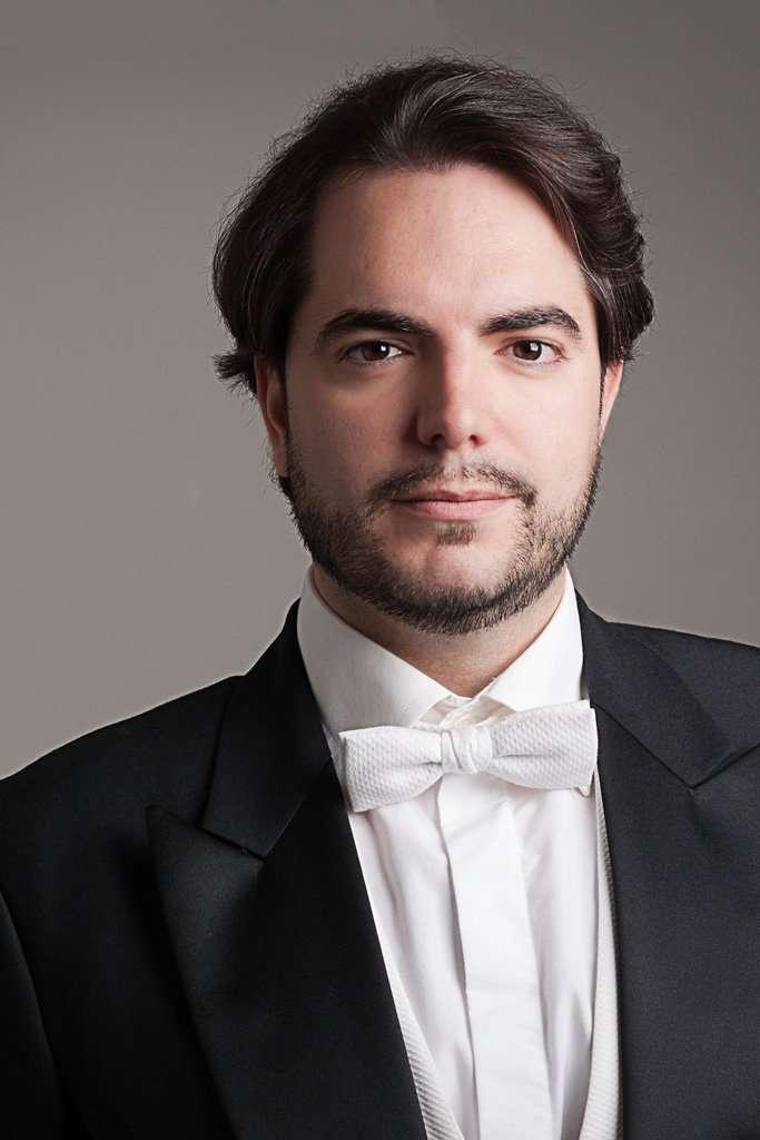 Pablo Ruiz - baritone