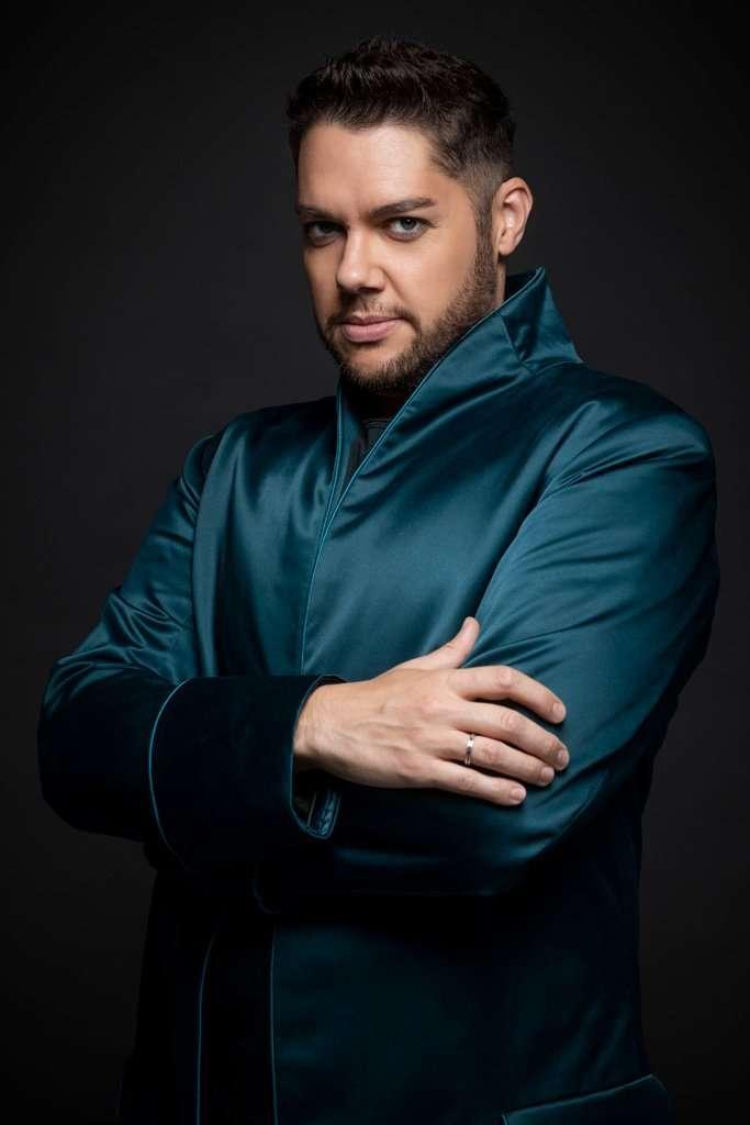 Edgardo Rocha – tenor